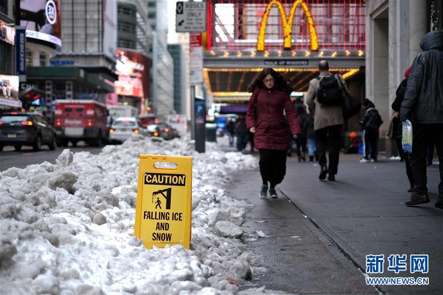 暴风雪过后的美国曼哈顿,鬼知道他们经历了什么
