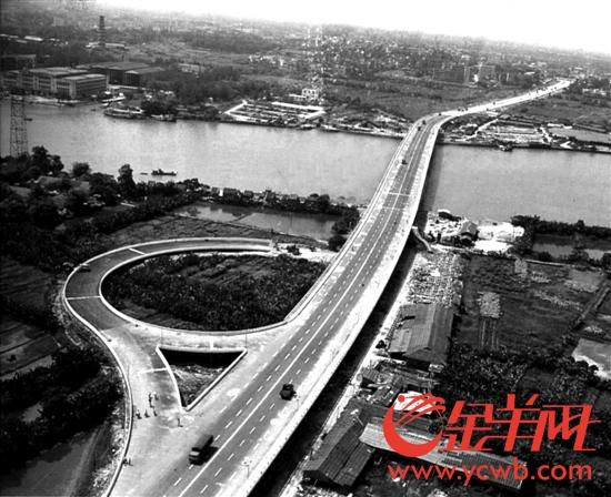 广州大桥1985年5月建成通车