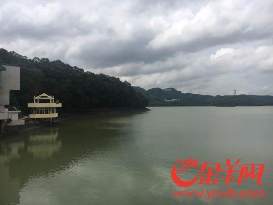 深圳水库是向深港供水的调节水库