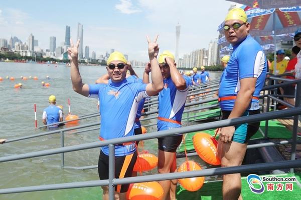 25日千人横渡珠江 准备好清凉一夏了吗?