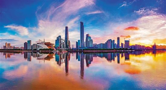 本次广州总体城市设计提出的目标是:建设活力全球城市
