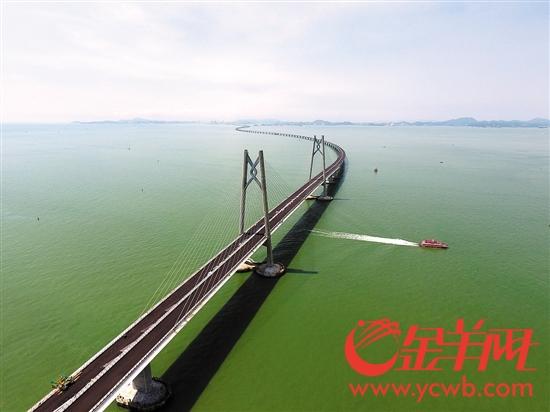 港珠澳大桥连接珠江口两岸