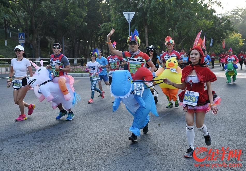 黄马开跑! 广州市首个由区主办的马拉松今早举行