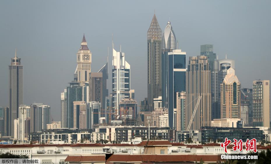 全球最高酒店在迪拜开业 75层高356米