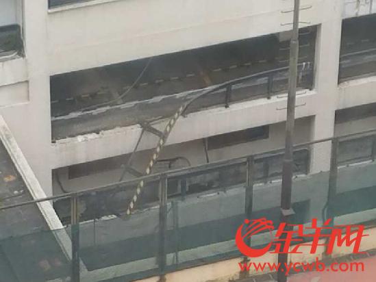 中国大酒店小车坠楼 目击者供图