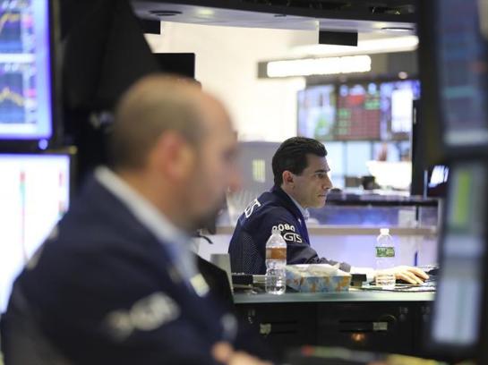 纽约股市三大股指15日下跌