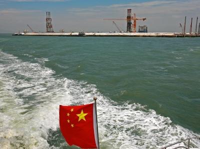 《我与港珠澳大桥》系列一:漫游在伶仃洋中央,看见质朴的笑本色的美