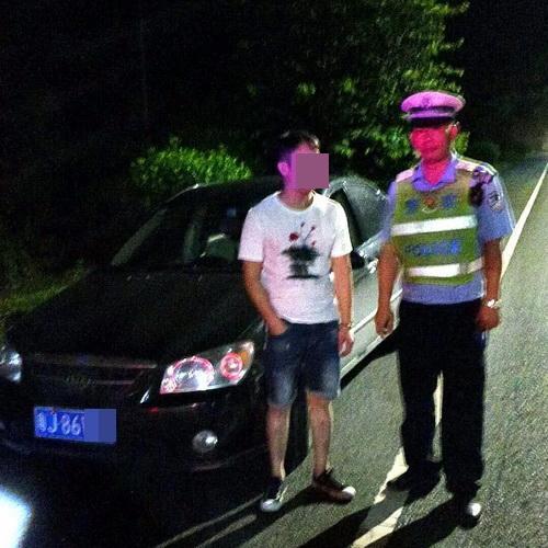小车10多宗向章没处置司机被查竟是毒驾者