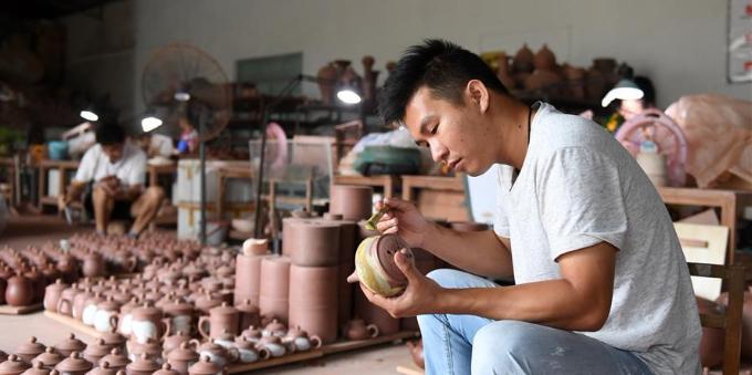 匠心传承坭兴陶文化
