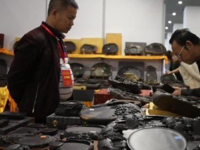 全国文房四宝艺术博览会南昌举行 展出各类文书用具