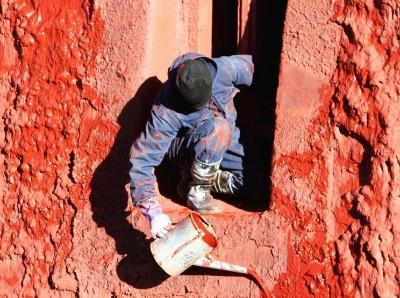 拉萨布达拉宫外墙粉刷焕然一新