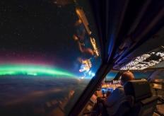 这项工作福利太好!飞行员在3万英尺高空拍下绚丽美景