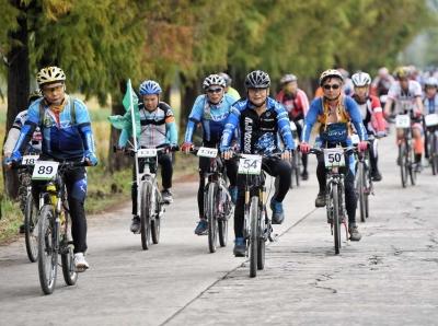 骑游绿道 尽赏丹霞 广东省第五届自行车绿道联赛开锣