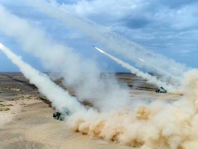 戰神風採!陸軍炮兵旅遠程火力群沙場亮劍