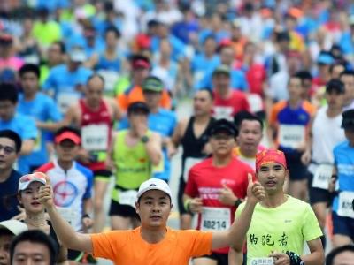 2018黄埔马拉松今日开跑