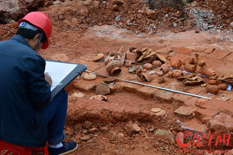 东汉墓主不是普通百姓!中大发掘东汉晚期墓等13座古墓,已出土文
