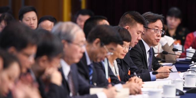 十三届全国人大二次会议广东团全体会议 代表等发言