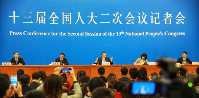 全国两会总理记者招待会 李克强总理答中外记者问