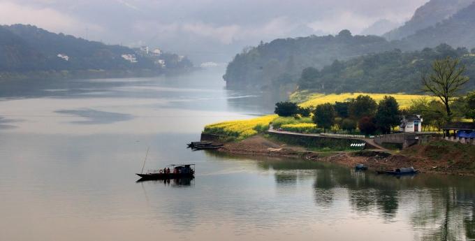 安徽黄山:春到新安江
