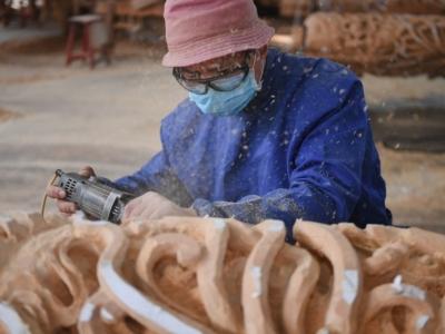 """""""专线改造""""助力传统木雕村产业升级"""