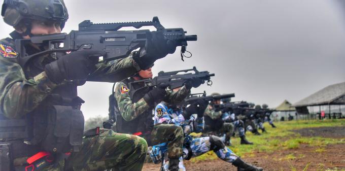 """""""蓝色突击""""中泰海军联合训练继续在湛江举行"""