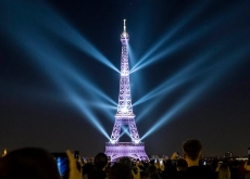 埃菲尔铁塔声光秀庆生
