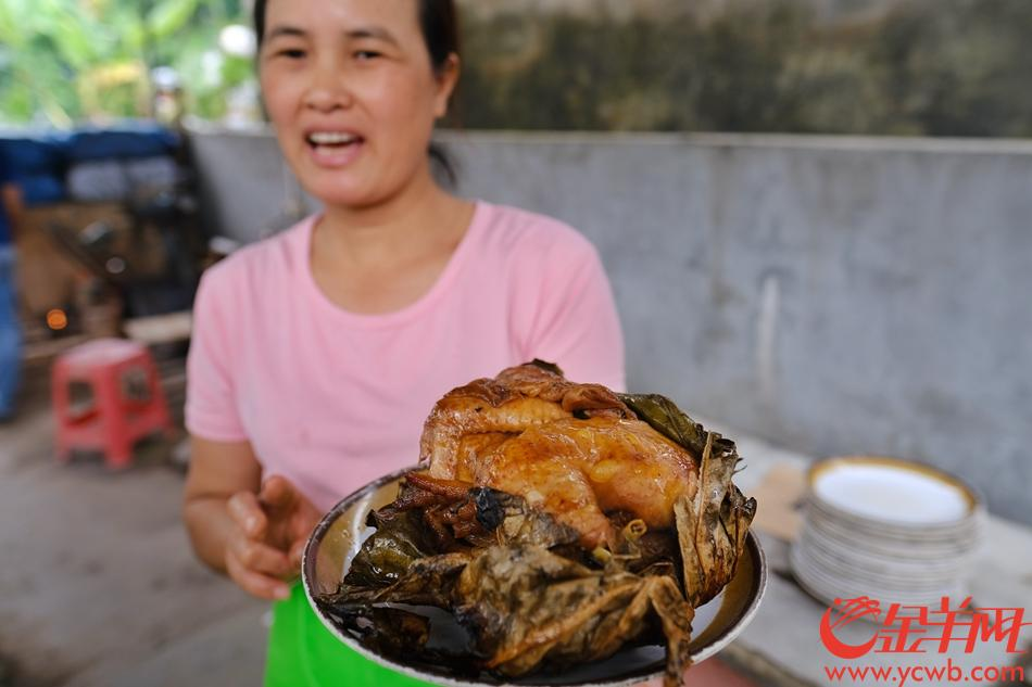 珠海会同古村,泥烩鸡十分美味