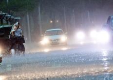 下班前的强降雨!