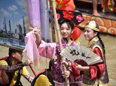决赛打响!2019国际龙舟邀请赛在珠江举行