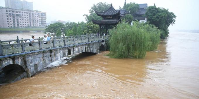 湘江洪峰过境湖南衡阳