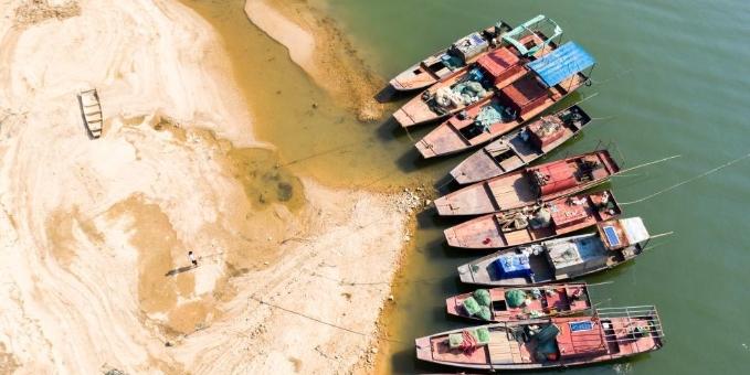 鄱阳湖水位全线退至警戒线以下