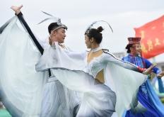 内蒙古举办乌兰牧骑艺术节