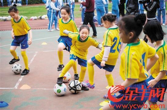 深圳财政每人每年补贴522元 个人每年缴费371.64元