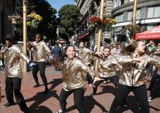 旧金山有轨电车沿线街头舞蹈独具特色