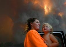 澳大利亞多地遭山火威脅 或啟動軍事資源應對