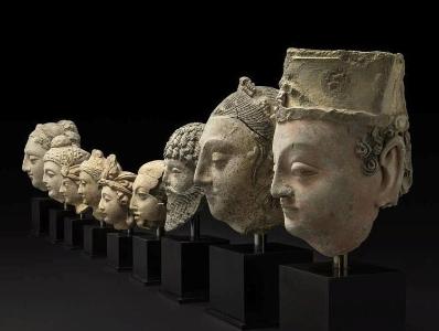 大英博物馆归还从阿富汗走私的一批佛头文物