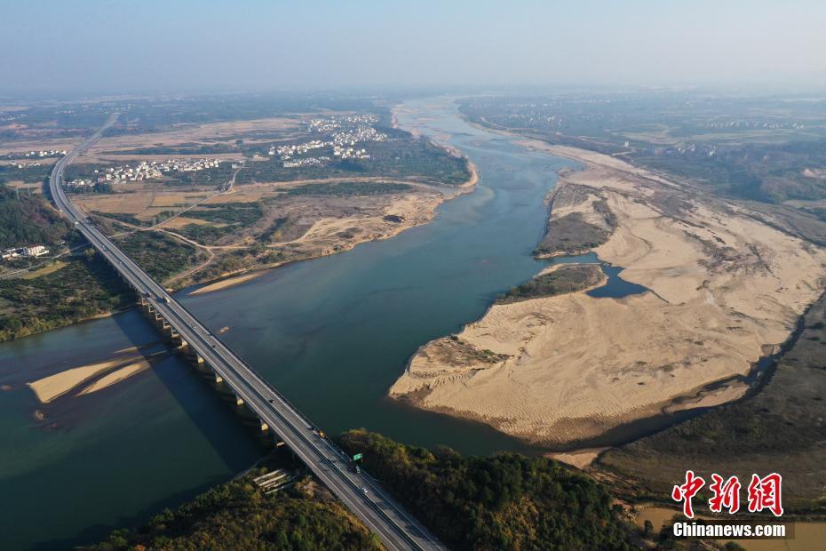 长江中下游等地旱灾有所缓和