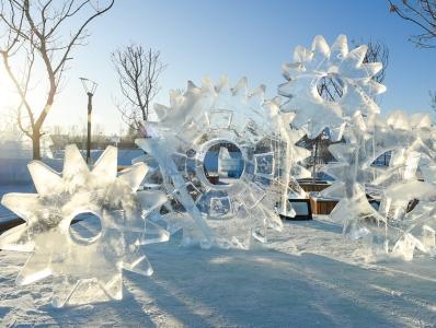 晶莹剔透的冰雕艺术