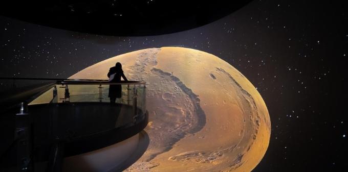 西藏首个天文科普体验馆开馆