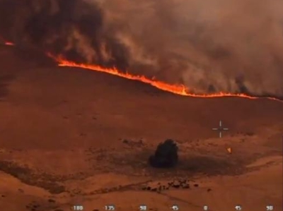 航拍澳大利亚山火蔓延 火线大举推进