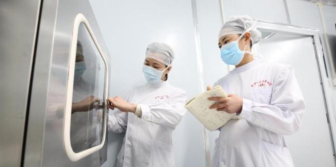 武汉雷神山医院边建设边收治患者
