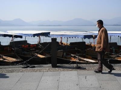 杭州西湖游船逐步恢复经营