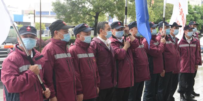 援湖北移动P3实验室和紧急医学救援队顺利返粤