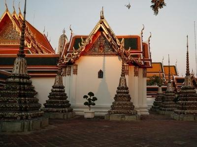 泰国曼谷旅游胜地卧佛寺空无一人