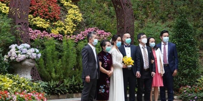 香港实施更严厉防疫措施 婚礼上不得多于20人聚集
