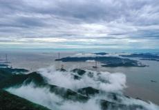 浙江舟山:海岛雾景别样美