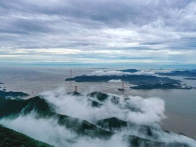 浙江舟山:海島霧景別樣美