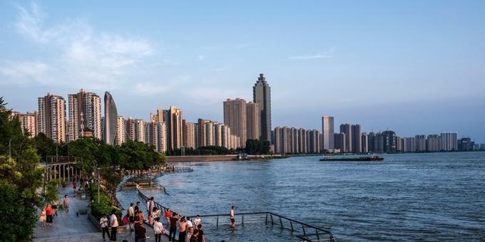 安徽:长江芜湖段水位持续上涨