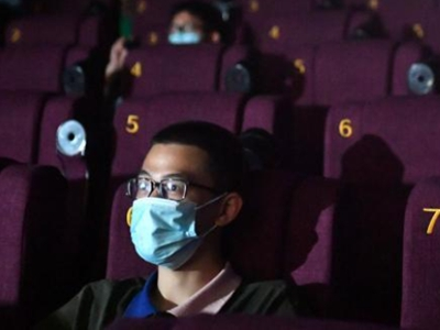 电影院有序恢复营业 观众寥寥
