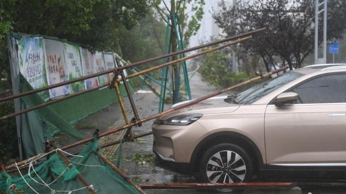 """台风""""黑格比""""浙江乐清过境 城市设施等损毁严重"""